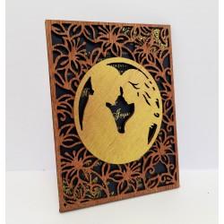 Wooden cuple invitation...